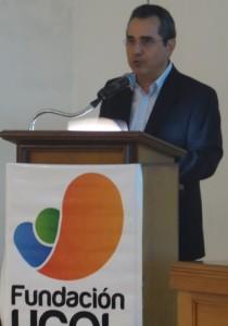 Dr.Carlos S.