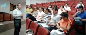 Carlos Salazar, se reúne con la comunidad académica de la Facultad de Ciencias de la Educación