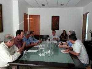 Carlos Salzar Silva, presidente de la Fundación, presentó a los miembros del Consejo Directivo, un primer informe detallado de las actividades realizadas