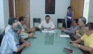Carlos Salazar, presidente de la Fundación Ucol, dio a conocer los avances del periodo junio-agosto, ante miembros del Consejo Directivo