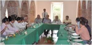 La Fundación de la Universidad de Colima presenta avances ante Diputados Federales de la entidad