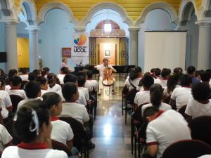 Estudiantes de Esc. Primaria Basilio Vadillo