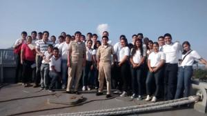 """Estudiantes de la Secundaria """"Guillermo Uribe Bazán"""" en el Buque Montes Azules"""