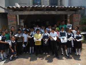"""Alumnos de escuela primaria """"Nueva Creación"""" en Taller de Cerámica Infantil"""""""