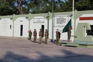 Ceremonia de honores a la bandera en la XX Zona Militar