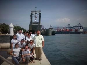 Estudiantes del Bachillerato Técnico No. 10 en las instalaciones de la Estación Naval de Búsqueda y Rescate