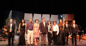 Se contó con la distinguida presencia del rector de la Universidad de Colima, Eduardo Hernández Nava y su esposa, Alicia López de Hernández, quienes disfrutaron del Concierto de Gala
