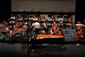Se presentó la Orquesta Filarmónica del Desierto en el marco del Concierto del Día del Niño